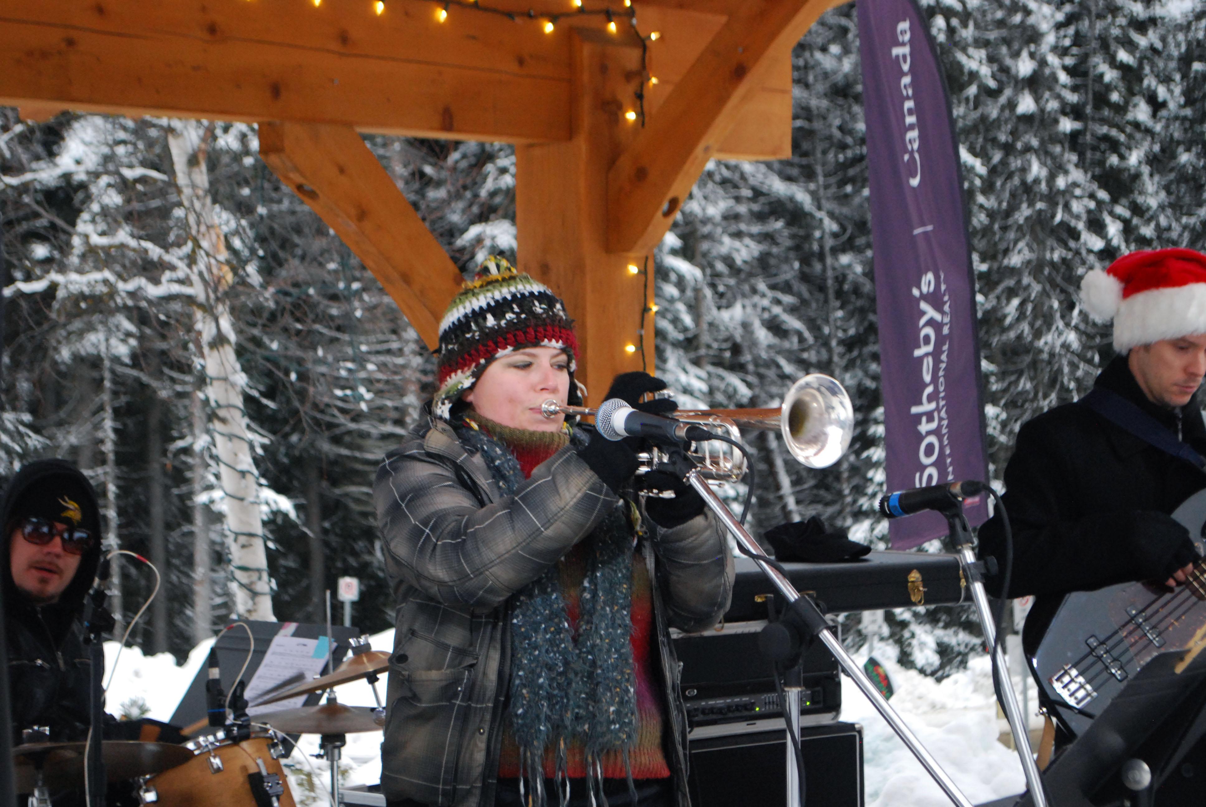 The Anita Eccleston quartet provided musical entertainment during Santa's visit.